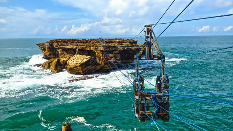 tempat wisata alam paling ekstrem di jawa