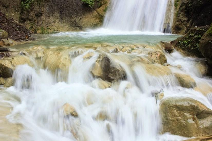 inilah air terjun di tempat wisata di Jogja terbaru yang sedang hits