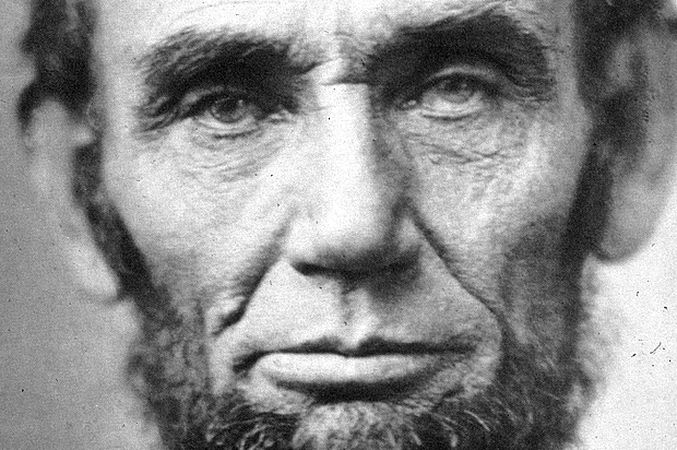 EXCLUSIVE: What Lincoln Thinks of Trump and Why Animals Really Do Rule