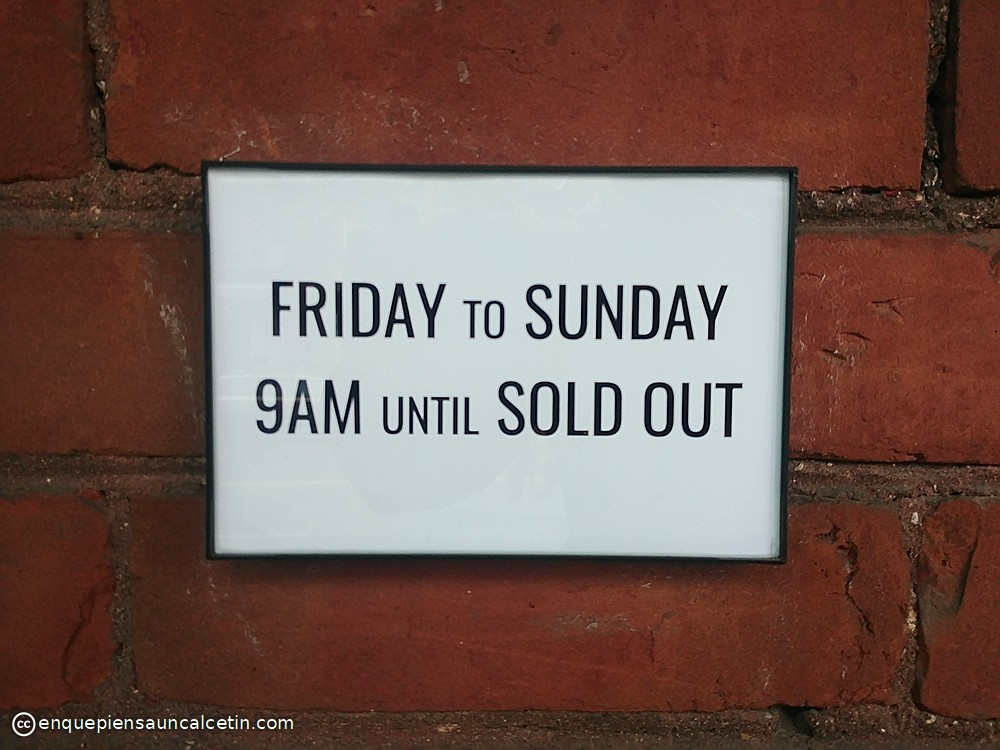 friday to sunday sign