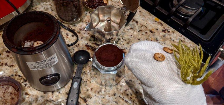 calcetín haciendo café