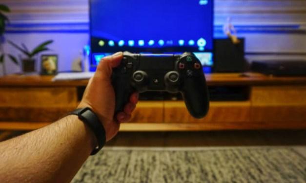 Cómo conectar un mando de la Playstation 4 al Apple TV