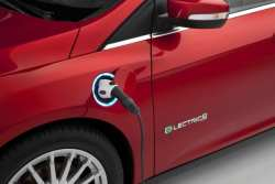 About Face: Ford Says it Will Have 40 Electrified Vehicles by 2025