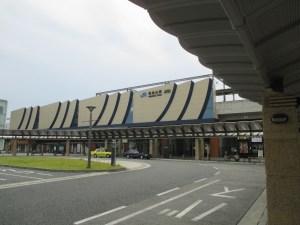 福知山駅のモダンな感じ