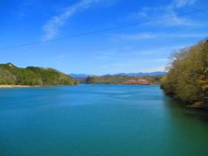 恵那峡 大井ダムから桜を眺める