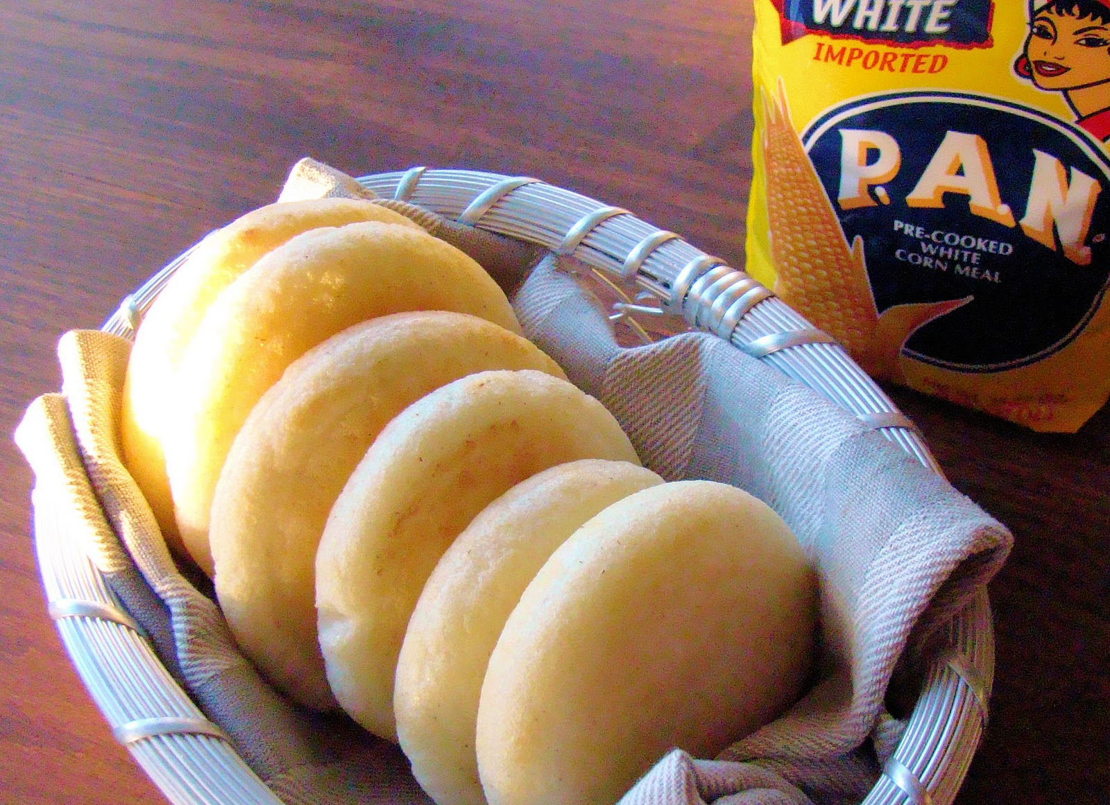 Traditional Venezuelan Arepas Recipe Video Enrilemoine