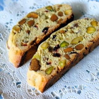 Biscotti de pistachos y arándanos secos