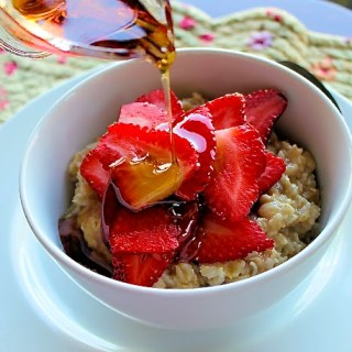 Spice & Strawberry Oatmeal