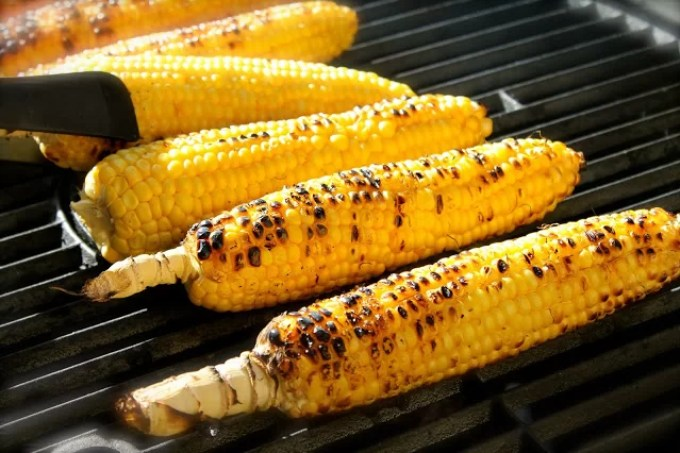 Grilled corn on the cob - SAVOIR FAIRE by enrilemoine- SAVOIR FAIRE by enrilemoine