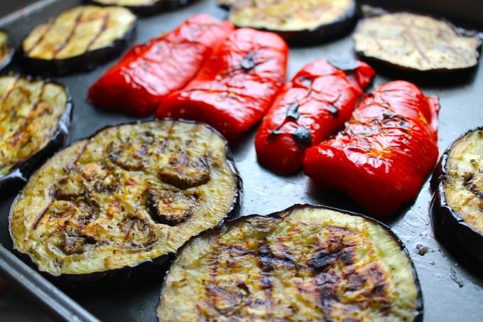 vegetales al grill, ensalada de berros con vegetales al grill