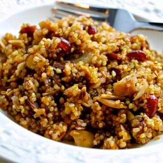 Saludable: receta de quínoa con almendras y arándanos secos