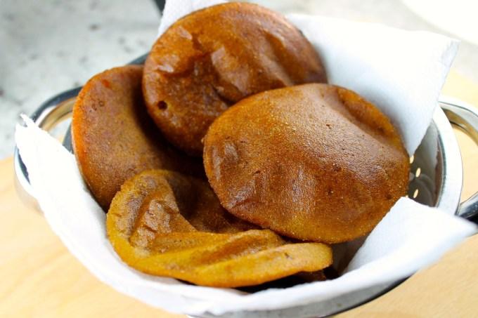 Arepas dulces de papelón y anís - SAVOIR FAIRE by enrilemoine