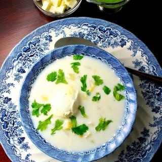 Pisca andina con maíz y ají de leche