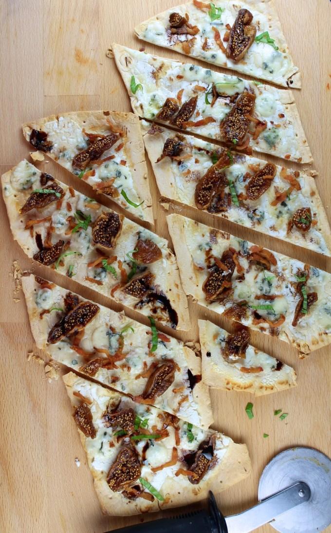 Flatbread pizza con higos y gorgonzola - SAVOIR FAIRE by enrilemoine