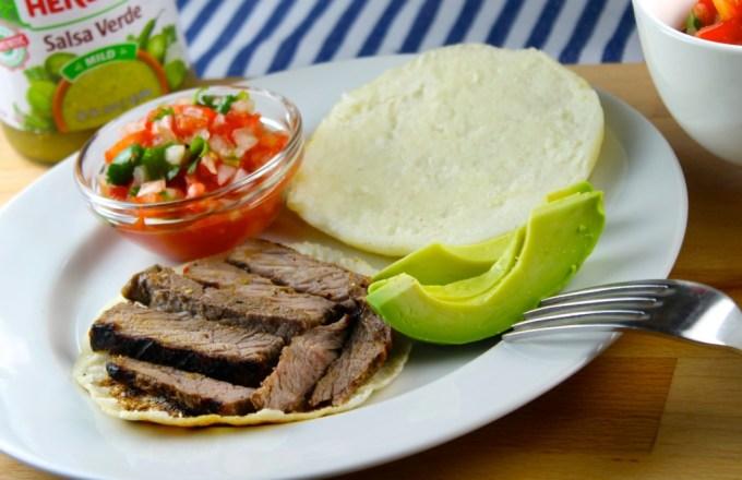 Arepas con solomo al grill en salsa verde - SAVOIR FAIRE by enrilemoine