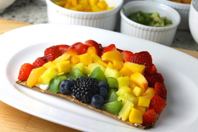 pizza de frutas, pizza arcoiris