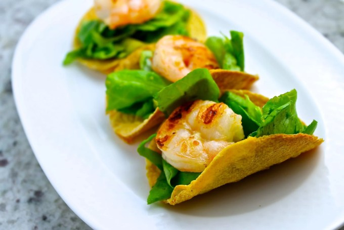 Grilled Shrimp Mini Tacos with Ginger-Soy Dressing - SAVOIR FAIRE by enrilemoine