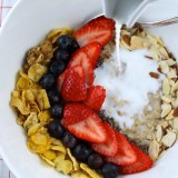 Spoonfuls of Goodness: Winter Cereal and Berries Bowl - SAVOIR FAIRE by enrilemoine