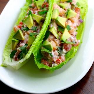 Tacos de lechuga con ceviche de camarón {VIDEO}