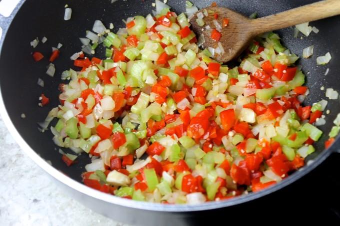 Sofrito to make paprika pork goulash