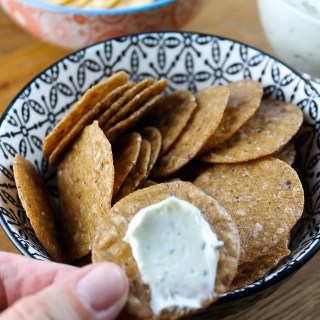 Gorgonzola Spread with Crackers & a Giveaway