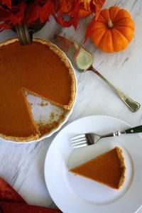 Simply perfect pumpkin pie - SAVOIR FAIRE by #enrilemoine #AD #pumpkinpie #pumpkinpierecipe