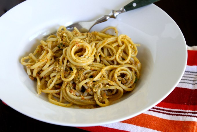 Linguine with pesto alla Trapanese #byenrilemoine