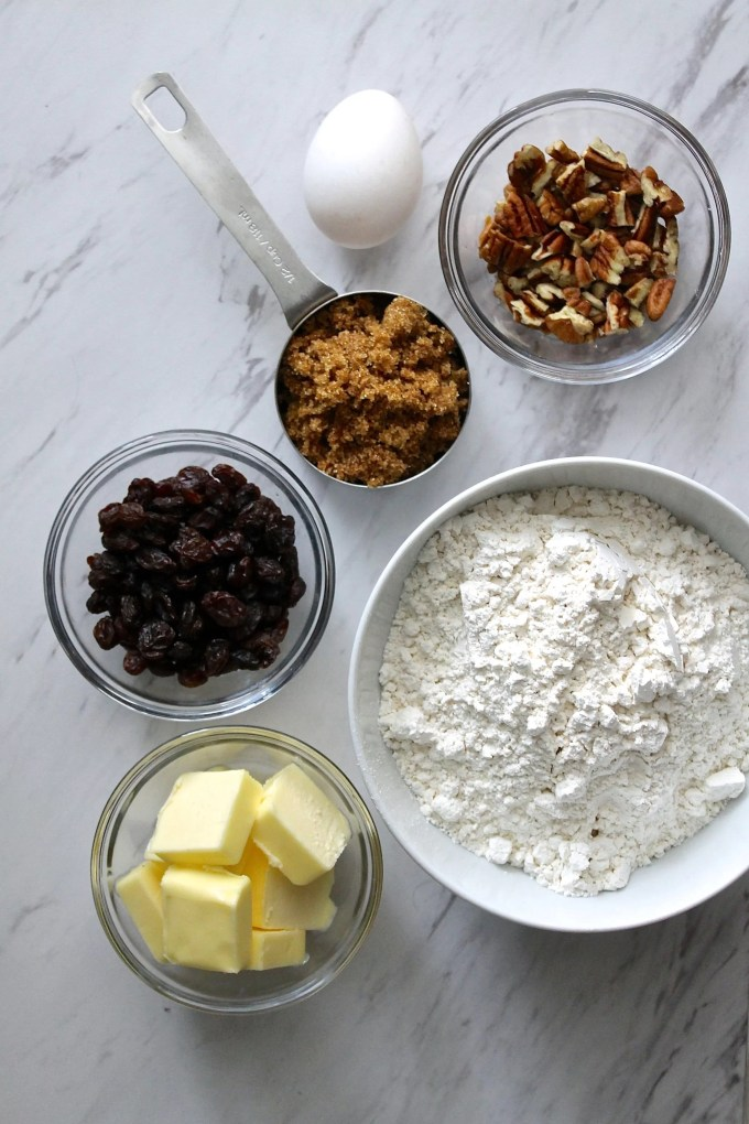 Ingredients to make banana bread by enrilemoine