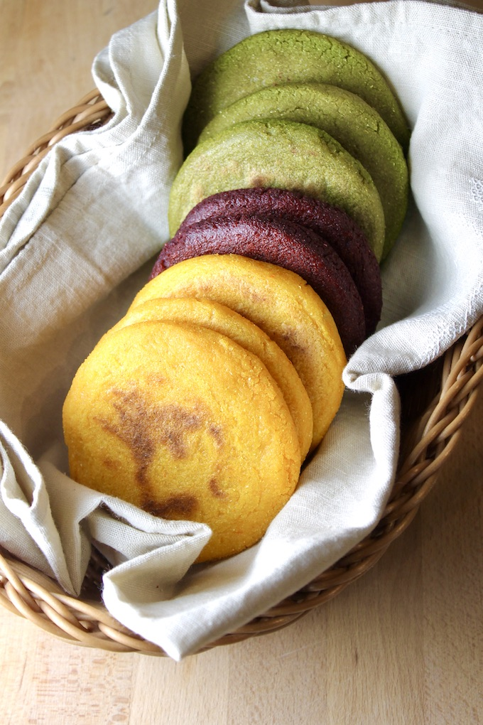 Veggie Colored Arepas #byenrilemoine