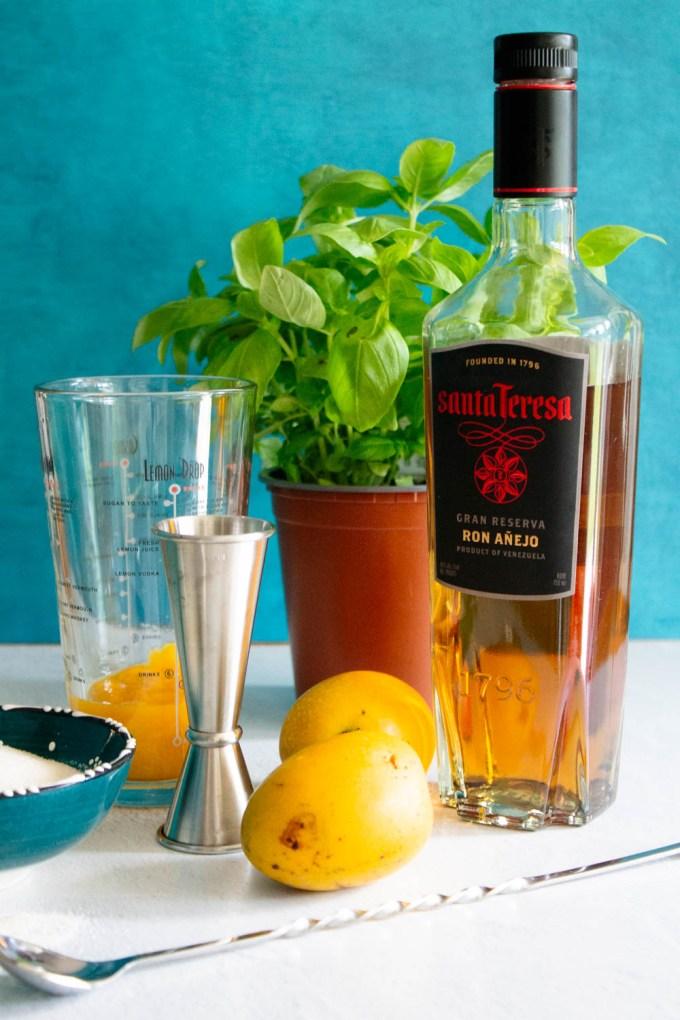ingredients to make Ron de Venezuela mango and basil mojito