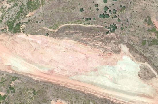 Deslizamiento de tierras entre Coria y Moraleja, en la EX-A1