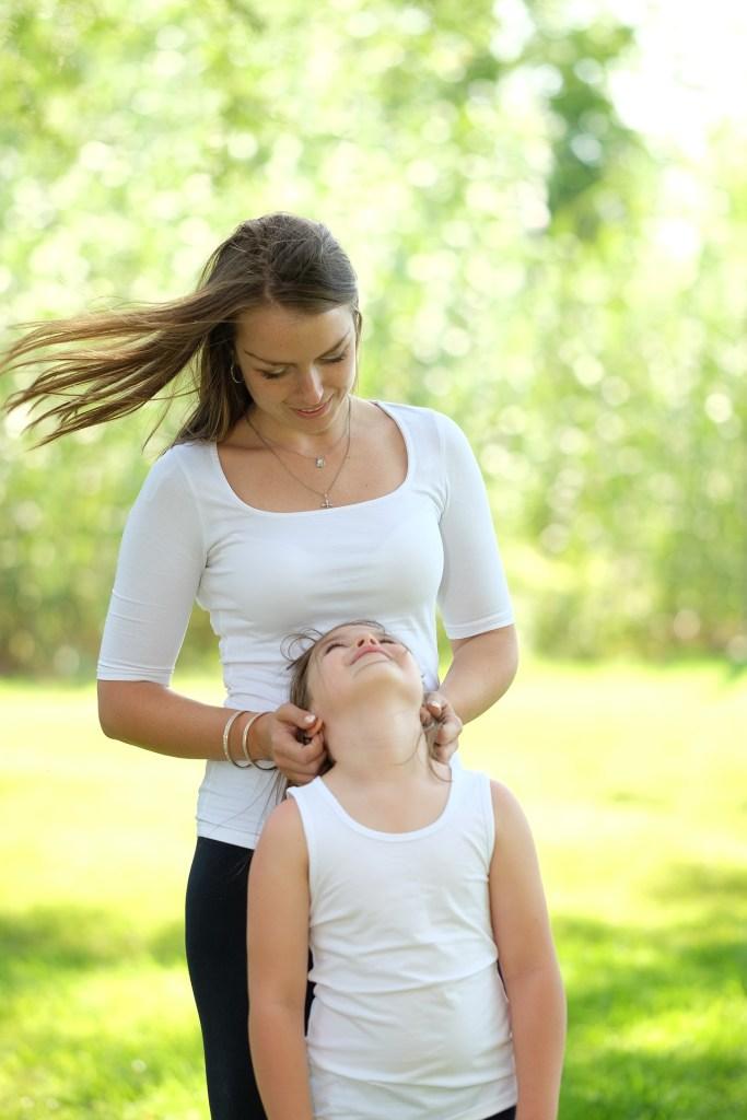 maman serein avec son enfant