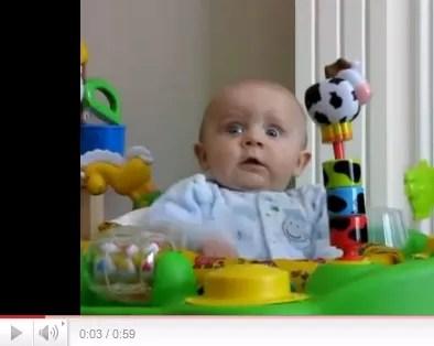 Un bebé que te va hacer reír  (video)