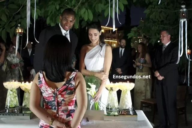 Imagen de la boda de Amelia Vega con Al Hoford