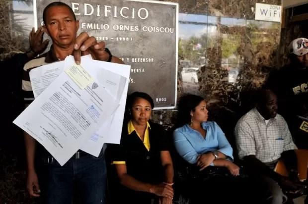 En la Plaza de la Salud retienen un cadaver por deuda superior a los 2 millones de pesos