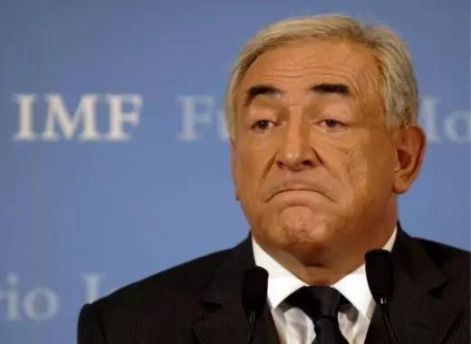 Strauss-Kahn permanecerá la noche arrestado