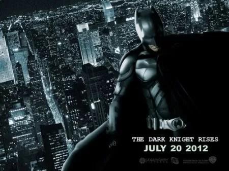 Hombres con capucha de Batman asaltan 2 cines de México y dejan un herido