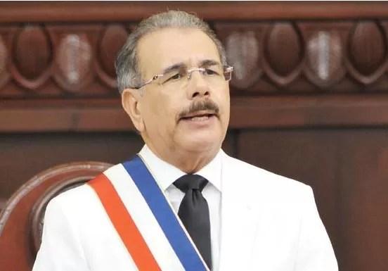 Danilo Medina decreta 3 días de duelo  por la muerte de Hugo Chávez