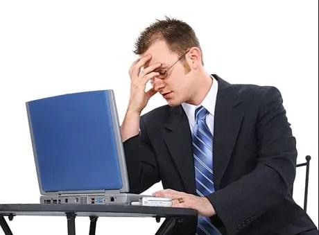 7 recomendaciones para sentarnos correctamente y evitar dolores de espalda en el trabajo