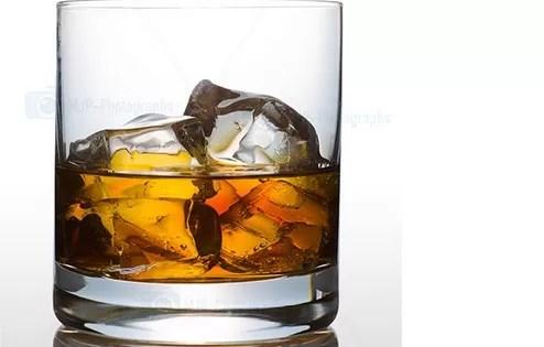 Muere en Samaná hombre por intoxicación alcohólica