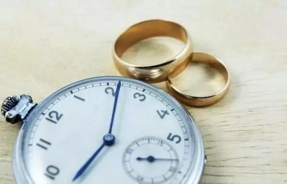 La Policía busca  a 3 asaltaron a asistentes a boda en Santiago