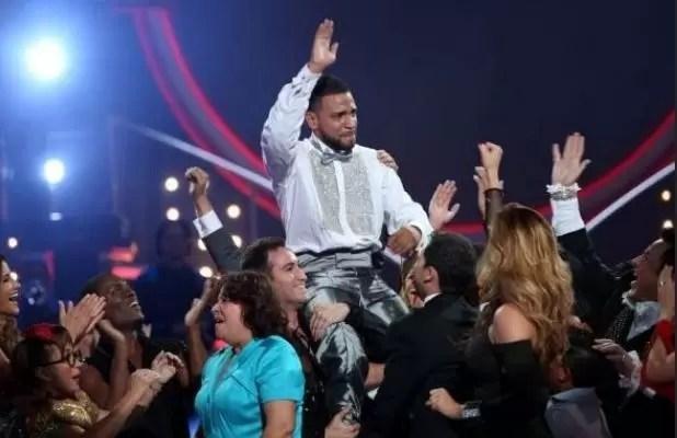 """Henry Santos gana en """"Mira quién baila """""""
