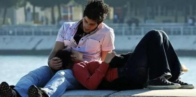 pareja feliz enamorados