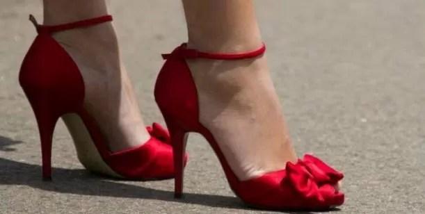 Un diputado quiere prohibir los zapatos de tacón