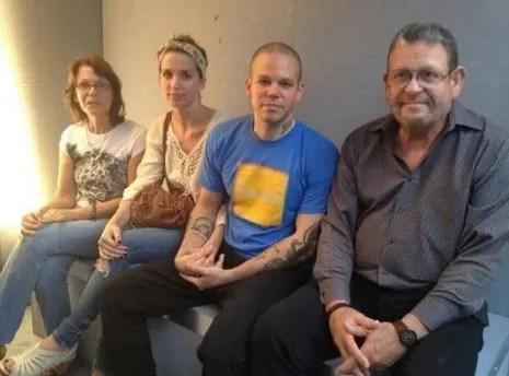 Calle 13 estrenó #Multi_Viral, canción compuesta con Julian Assange (+ Video)