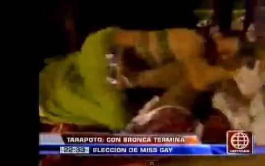 """Perú: Miss Gay y su rival """"se van a la trompá"""""""