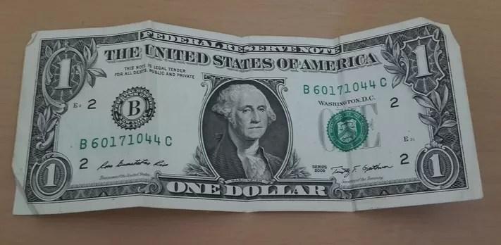 El dólar cerca de los $43.00 pesos