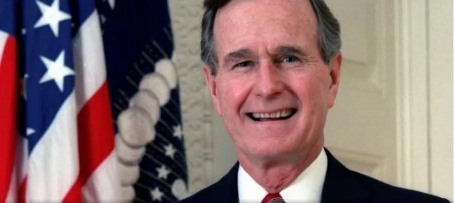 Ex presidente Bush llora la muerte de Mandela… por error de su portavoz