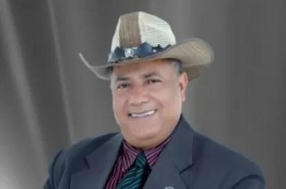 Francisco Ulloa planea demandar a Juan Luis Guerra por el tema «La Cosquillita»