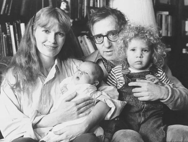 Woody Allen fustiga a Mia Farrow por acusaciones de abuso sexual